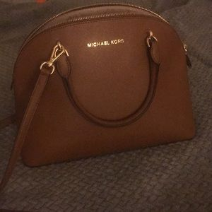 Michael Kors crossbody purse!!